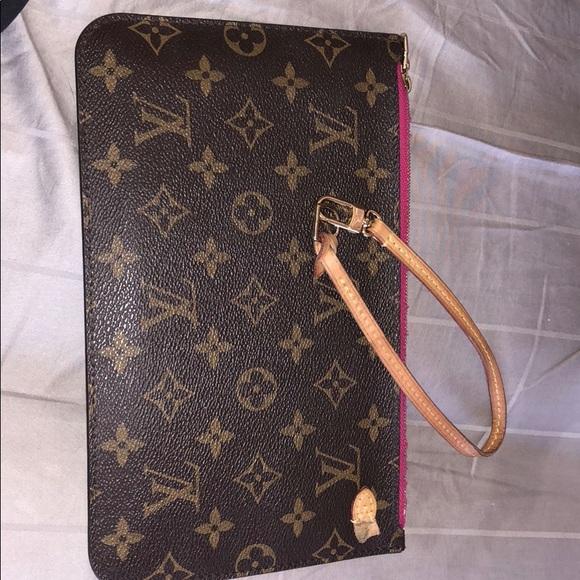 Louis Vuitton Handbags - Louis Vuitton s wristlet pink lining torn piece d834274e68fba